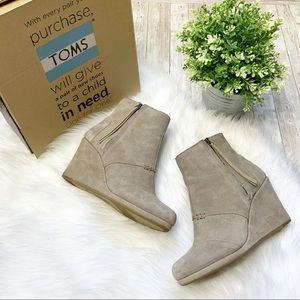 TOMS Desert Suede High Wedge Ankle Bootie-8.5